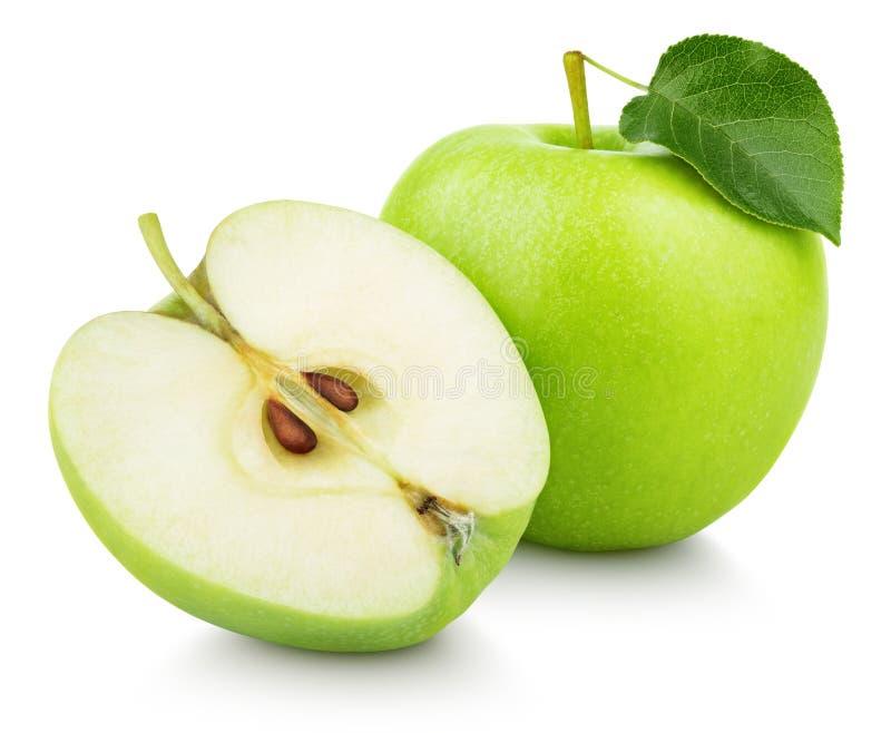 Fruta verde de la manzana con la hoja media y verde aislada en blanco fotografía de archivo