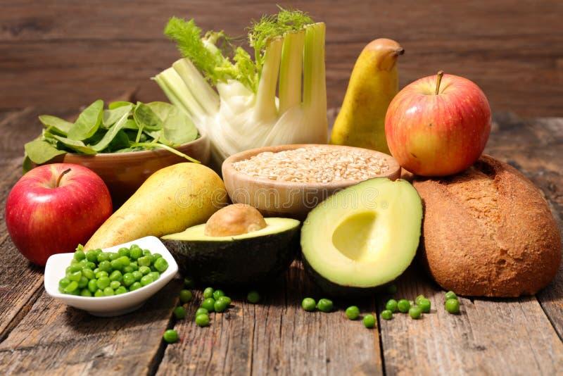 Fruta, verdura y cereales foto de archivo libre de regalías