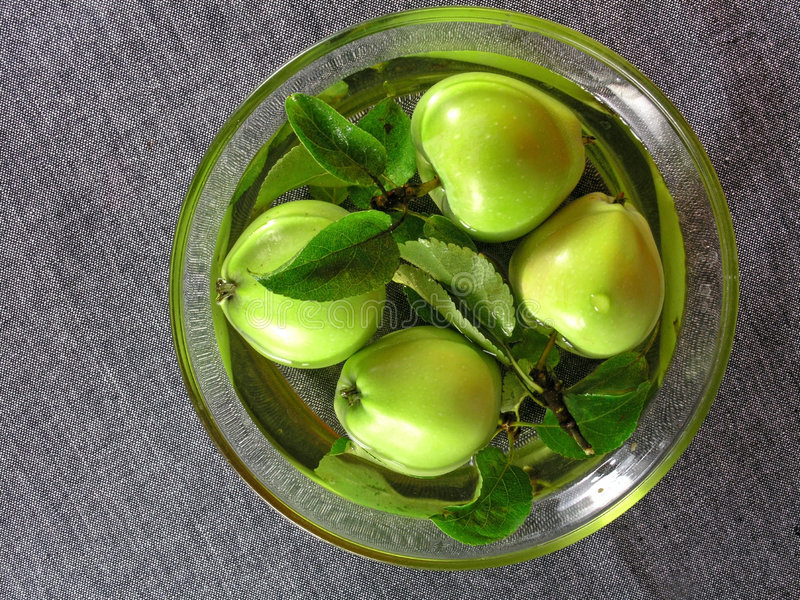 Frutas do verão: maçãs imagens de stock royalty free