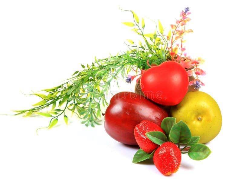 Frutas e coração saudável fotos de stock royalty free