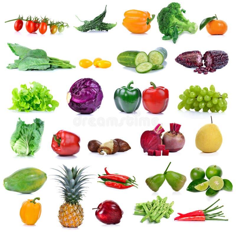 Frutas e legumes isoladas no fundo branco imagens de stock royalty free