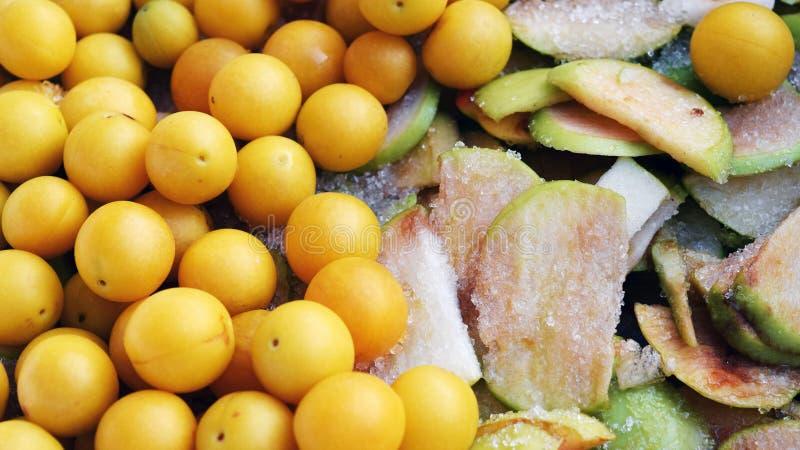 Frutas en azúcar imagen de archivo