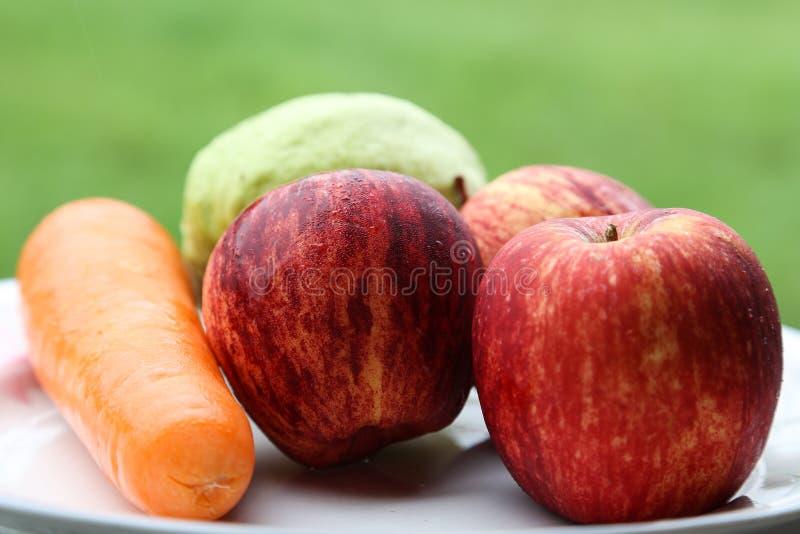 Frutas frescas sanas foto de archivo libre de regalías