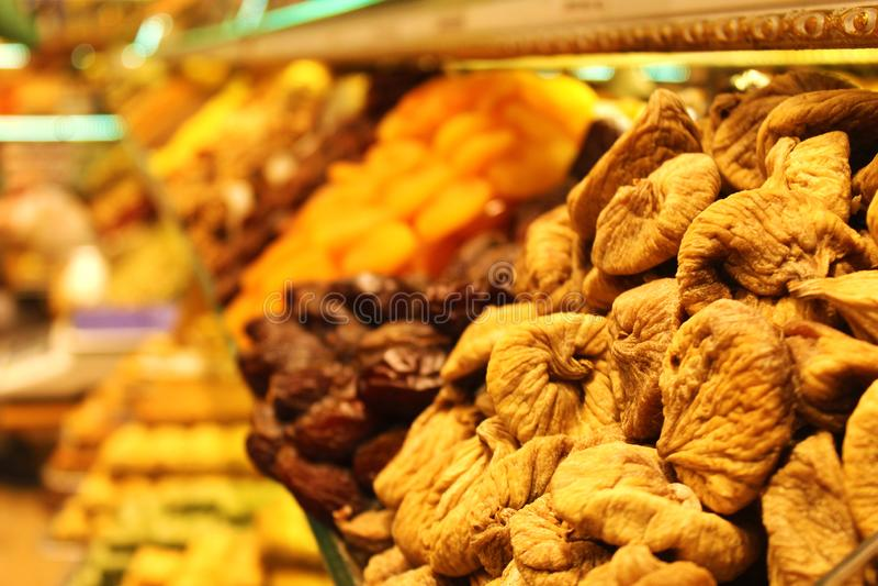 Frutas secas en el bazar de Spise foto de archivo libre de regalías