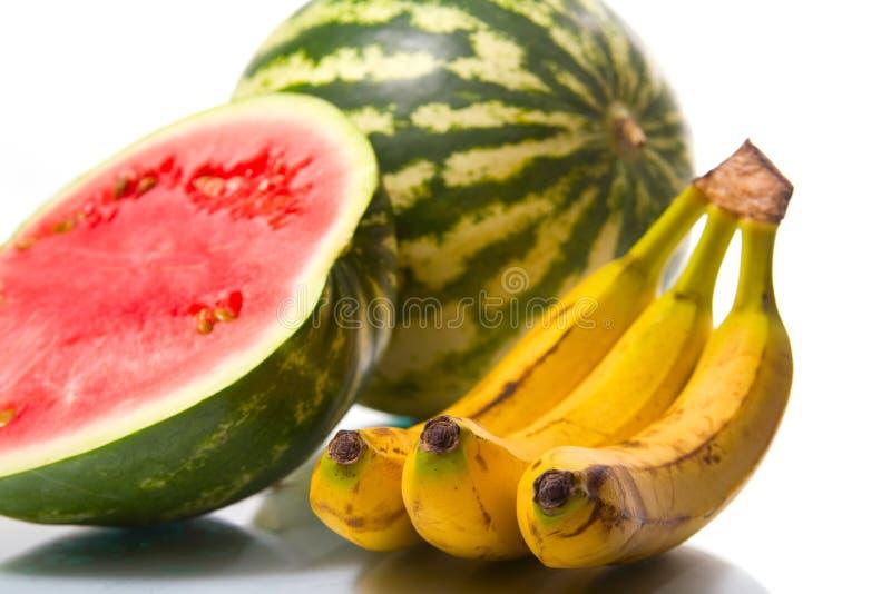 Frutas suculentas sobre o branco imagens de stock royalty free