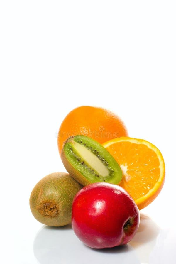 Frutas suculentas sobre o branco imagens de stock