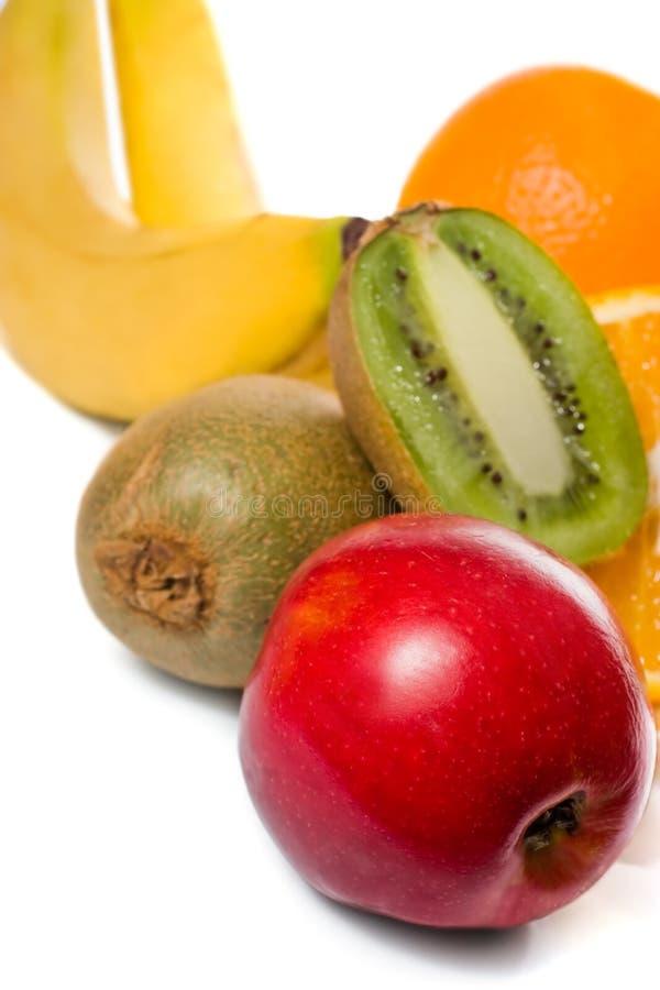 Frutas suculentas sobre o branco imagem de stock