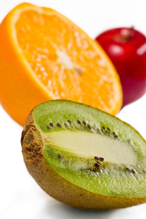 Frutas suculentas sobre o branco fotos de stock royalty free