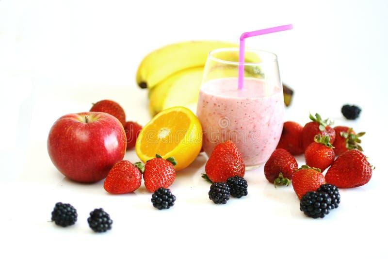 Frutas y smoothie foto de archivo libre de regalías