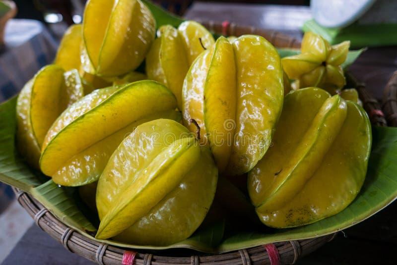 Fruto da maçã de estrela no mercado de rua, Tailândia fotografia de stock