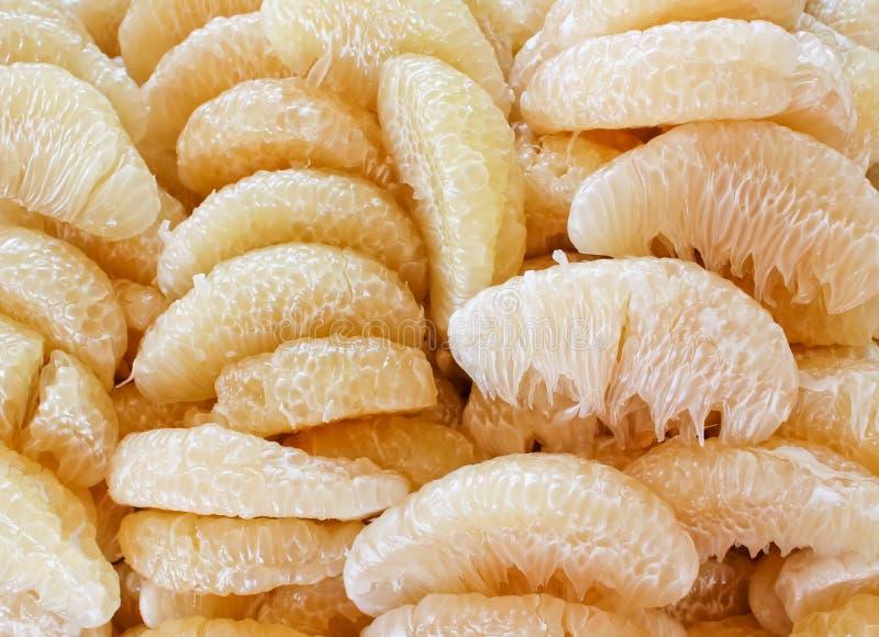 Fruto descascado do pummelo, fruto tailandês imagens de stock royalty free