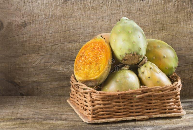 Fruto do cacto - ficus do Opuntia indica fotografia de stock