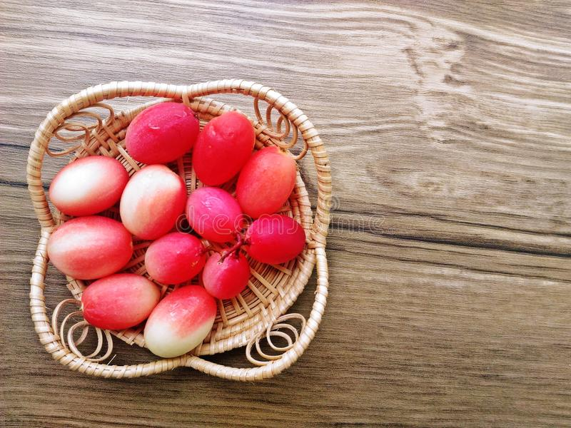 Fruto Herb Tropical Fruits Southeast Asia de Carunda ou de Karonda imagens de stock