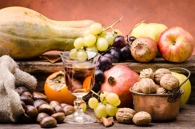 Fruto sazonal, cores e sabores do outono fotografia de stock royalty free