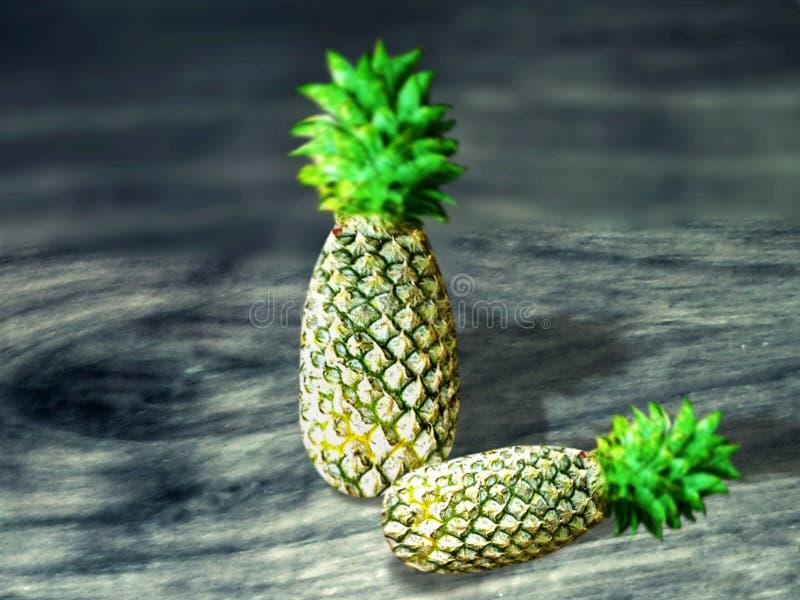 fruto verde doce do abacaxi para no suco imagem de stock