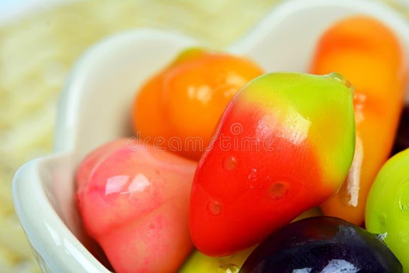 Frutos de imitação Deletable (morango dada forma) imagens de stock
