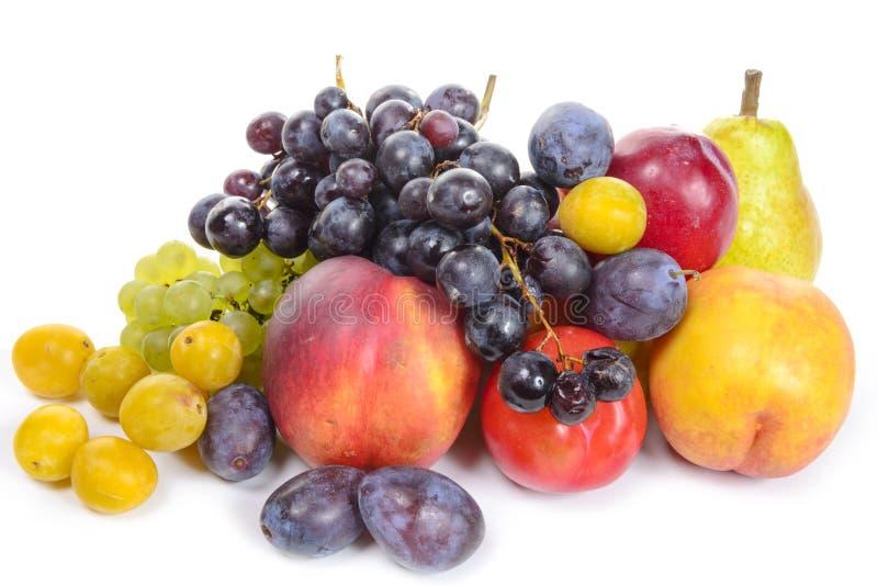 Frutos sazonais, uvas, ameixas, peras fotografia de stock