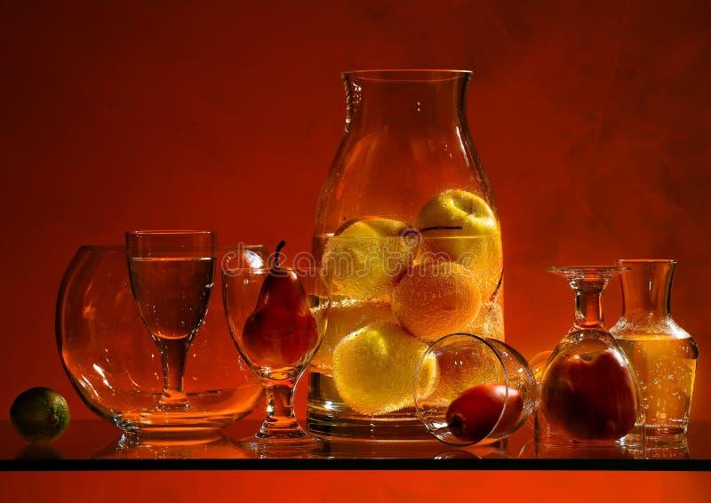 Download Fruts и стекло стоковое фото. изображение насчитывающей красно - 37929870