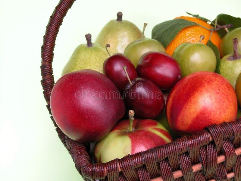 Download Frutta immagine stock. Immagine di mele, frutte, pesche - 218565