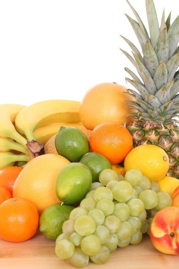 Download Frutta immagine stock. Immagine di lotti, foodstuff, dieta - 3143511
