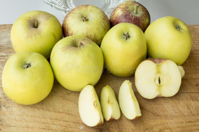 Frutta con un contenuto di alta energia e una fibra dietetica fotografia stock libera da diritti