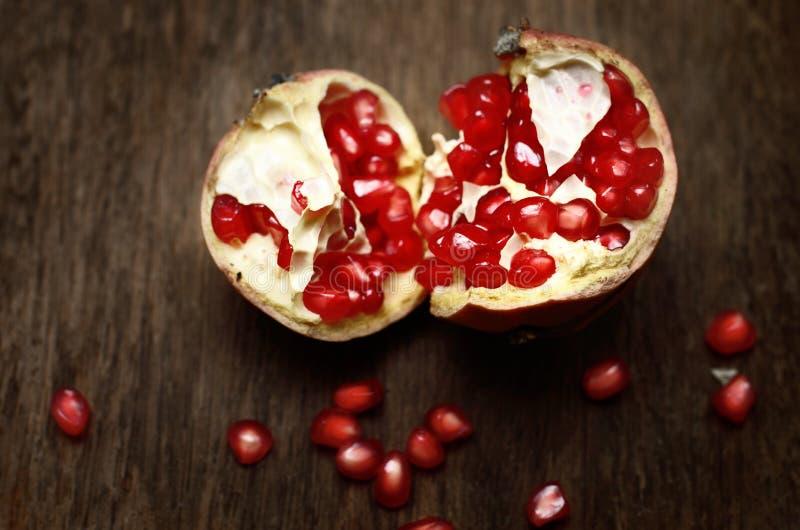 Frutta del melograno, natura morta fotografia stock