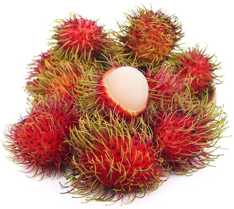 Frutta deliziosa dolce del Rambutan isolata su fondo bianco immagini stock libere da diritti