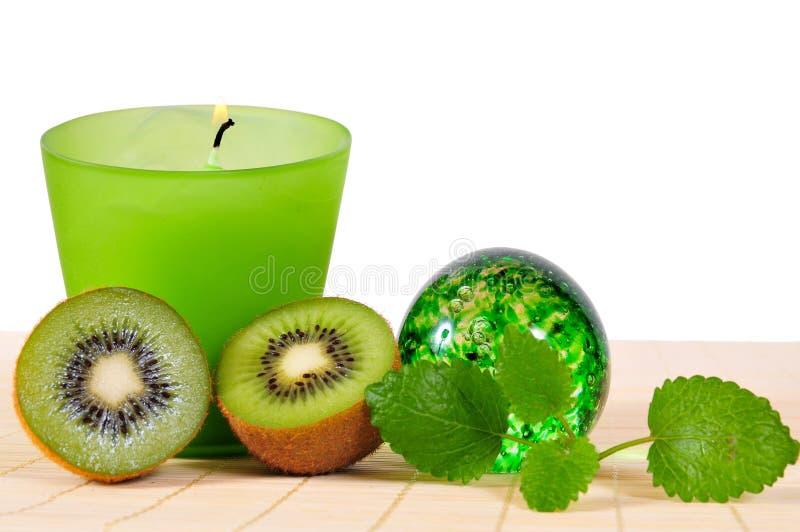 Frutta di verde della candela di Wellness immagini stock libere da diritti