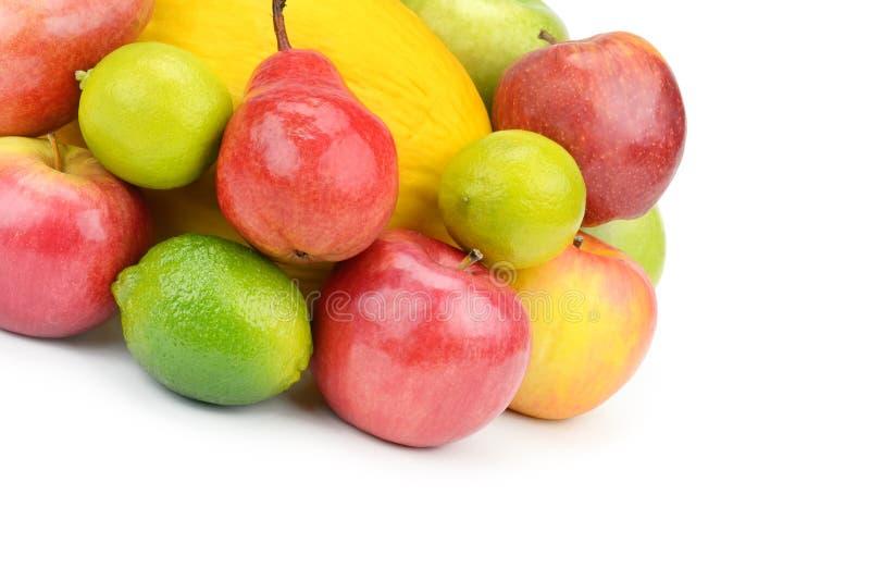 Frutta e bacche isolate su fondo bianco Alimento sano fotografia stock
