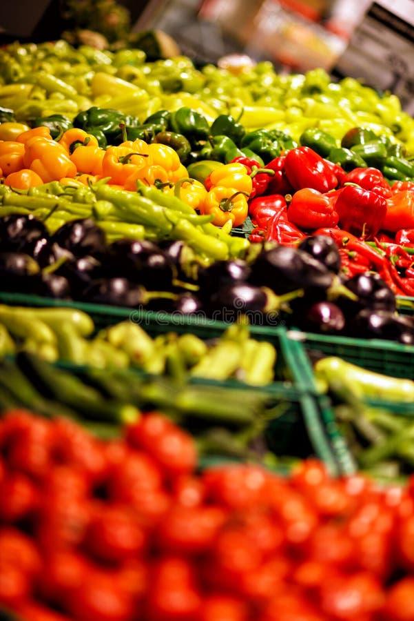 Frutta e verdure al mercato della città, supermercato, drogheria immagine stock libera da diritti