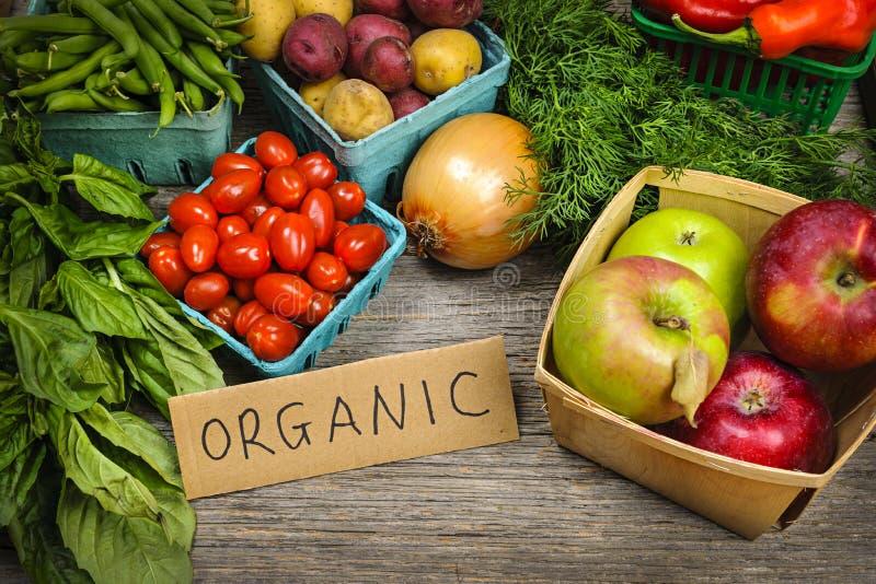 Frutta e verdure organiche del mercato immagine stock