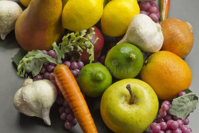 Frutta falsa fotografie stock