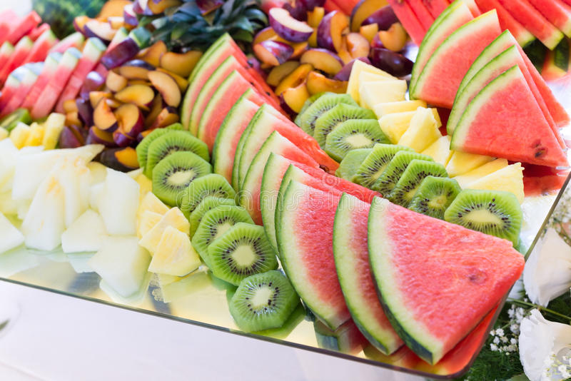 Frutta fresca, buffet di nozze fotografia stock libera da diritti