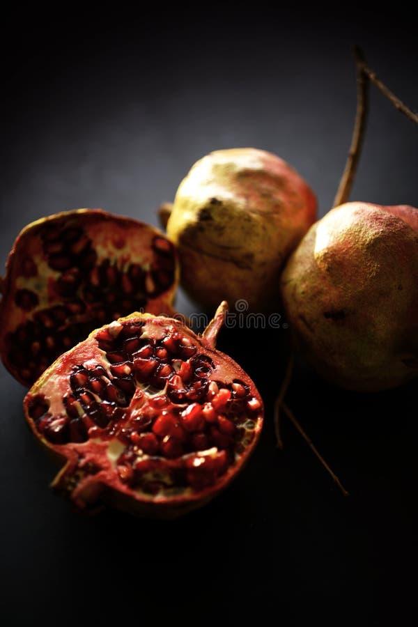 Frutta fresca del melograno immagine stock