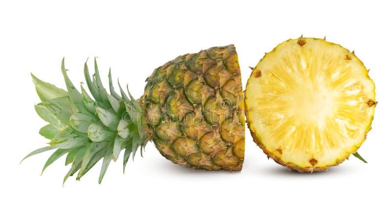 Frutta fresca dell'ananas isolata su fondo bianco immagine stock