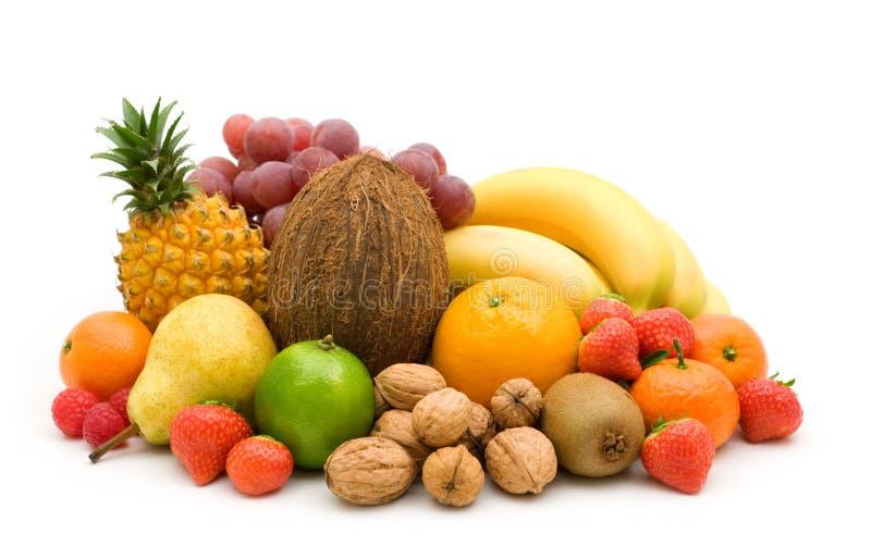 Frutta fresca e noci immagini stock