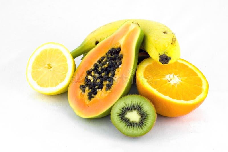 Frutta fresca su bianco immagine stock libera da diritti