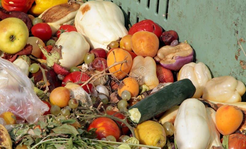 Frutta nociva e verdure da usare come fertilizzante fotografie stock