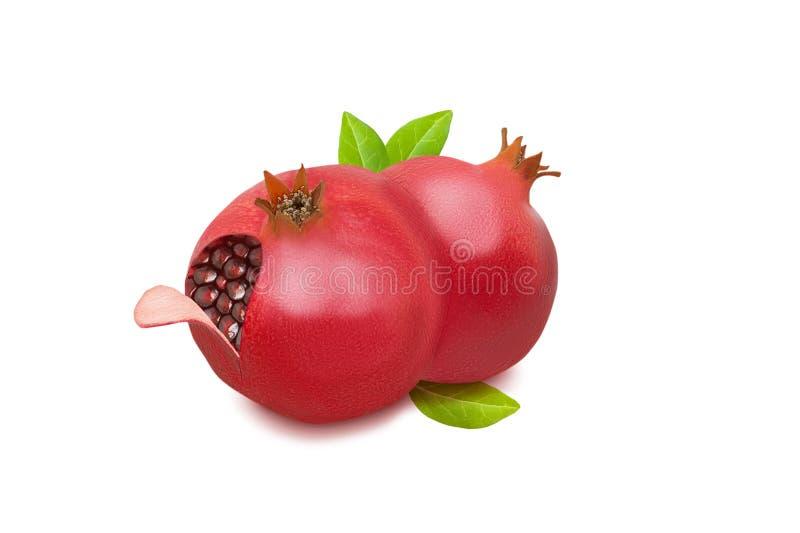 Frutta rossa matura del melograno due con le foglie verdi isolate su fondo bianco immagine stock libera da diritti