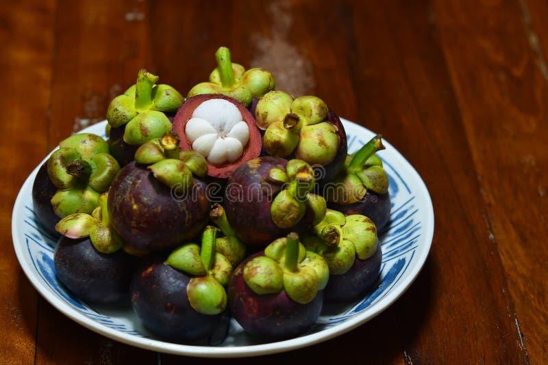 Frutta tropicale del mangostano di garcinia mangostana immagini stock libere da diritti