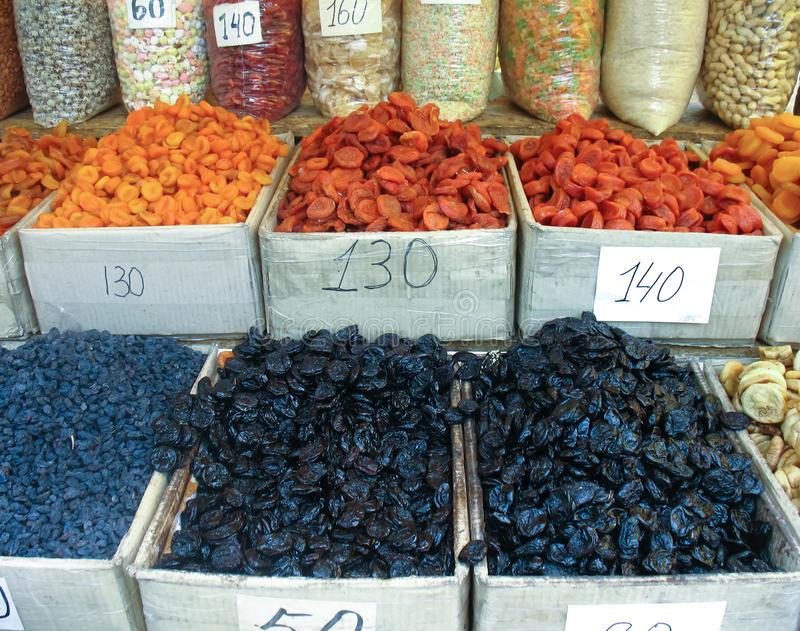 Frutti asciutti sani, mercato dell'agricoltore immagini stock