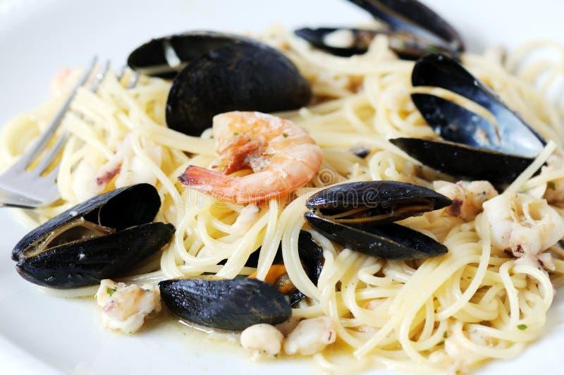 Frutti di mare & spaghetti fotografia stock libera da diritti