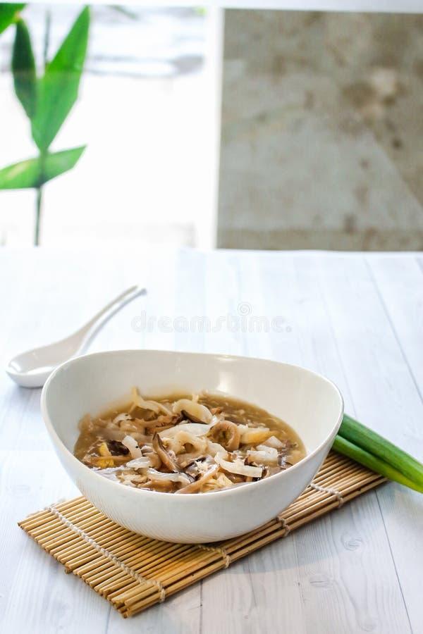 Frutti di mare saporiti di ricetta del cinese tradizionale immagini stock