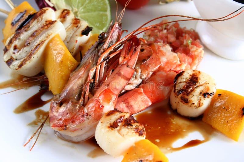 Frutti di mare su gril immagine stock