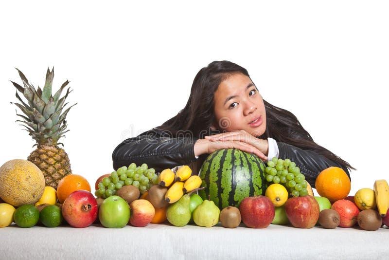 Frutti e ragazza immagine stock