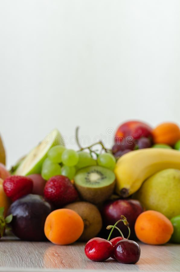 Frutti variopinti freschi Nutrizione sana, concetto di dieta immagini stock