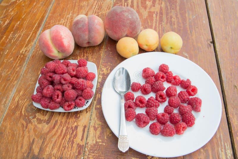 Fruttifica il fondo, vegetariano maturo o è a dieta l'alimento sano, gruppo di prodotti immagine stock
