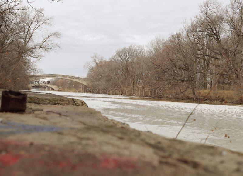 Fryst Genesee flod arkivbilder