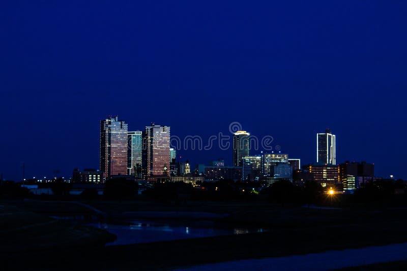 Ft degno l'orizzonte ed il fiume Trinity del Texas fotografia stock libera da diritti