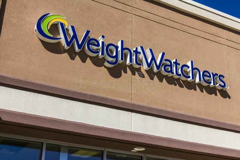 Ft Wayne - cerca do setembro de 2016: Observadores do peso que encontram o lugar Oprah Winfrey é uma acionista dos observadores d fotos de stock